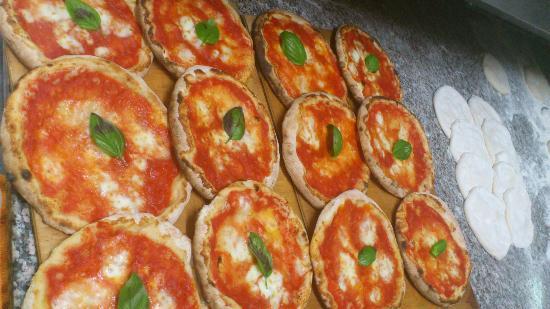 Serenella: la regina delle pizze: la margherita