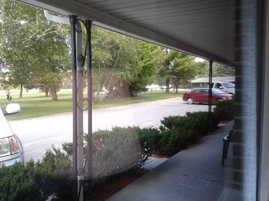 The Clearview Motel : view from main window in room