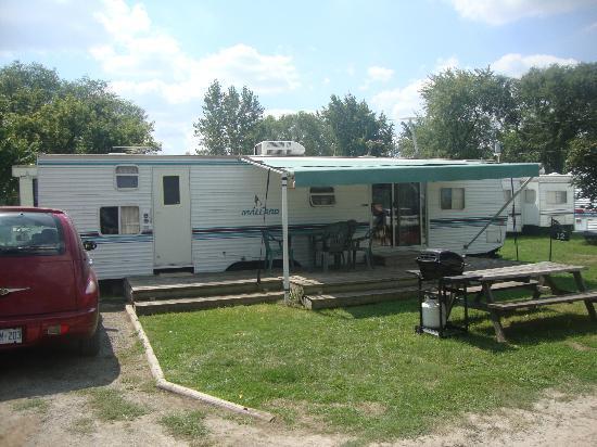 Niagara RV Rentals : Two Bedroom Unit A