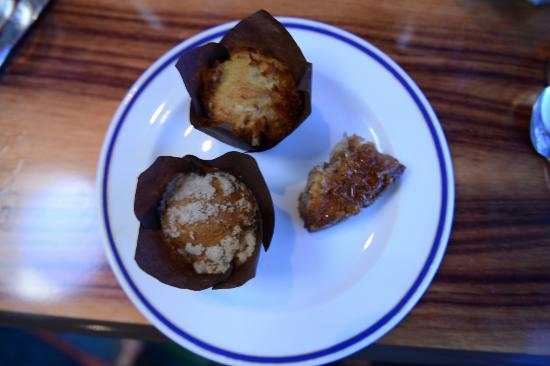 Big Island Breakfast at Water's Edge: Two kind of muffins and monkey bread delicious
