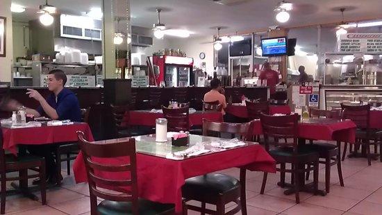 Las Colinas Restaurant: Las Colinas Interior