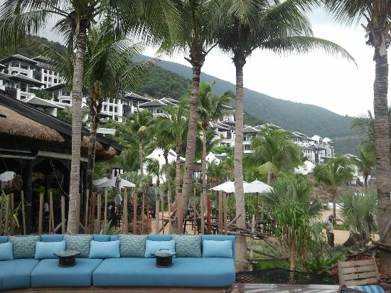 InterContinental Danang Sun Peninsula Resort : Bare foot restaurant