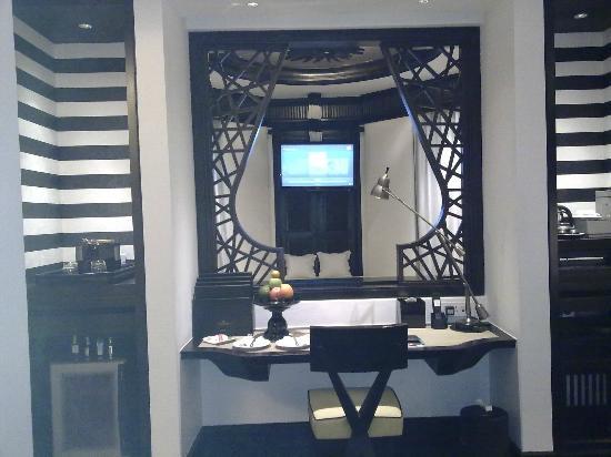 InterContinental Danang Sun Peninsula Resort : Work Station