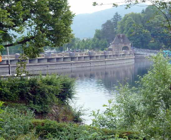 Haus am See: Blick auf die Edertalsperre