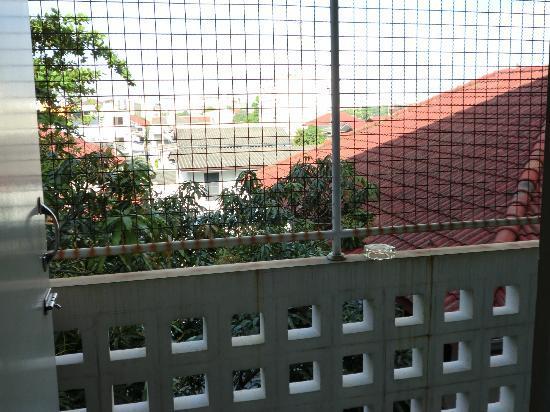 Thanapa Place