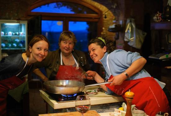 La Cucina di Giuseppina - Italian Cooking School: La Cucina di Giuseppina - Italian Cooking School 