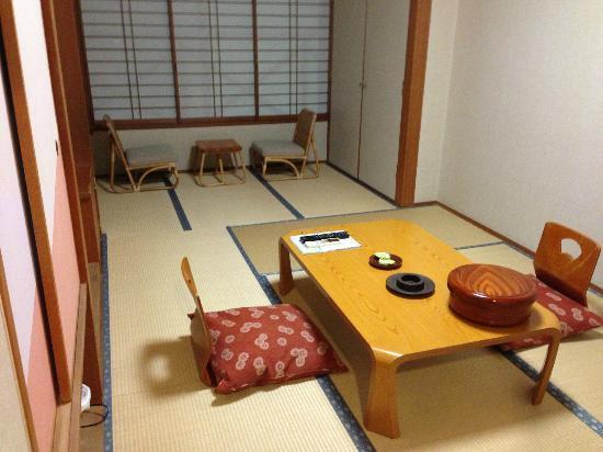 โรงแรมฮาโกเน่โนโมริโอกาดะ: guest room