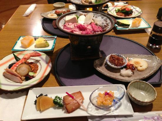 Hakonenomori Okada: part of dinner, a few more dishes to come