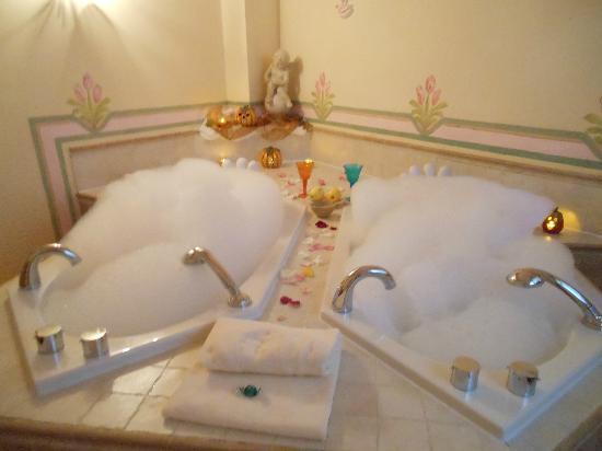 Bagno Romantico Foto : Lo chalet più romantico del mondo esiste ed è in alto adige