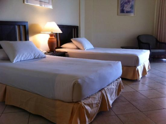 The Orient Star Resort Lumut: Room with 2 single bed