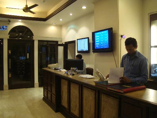‪‪Hotel Ajanta‬: Reception - Very professional‬