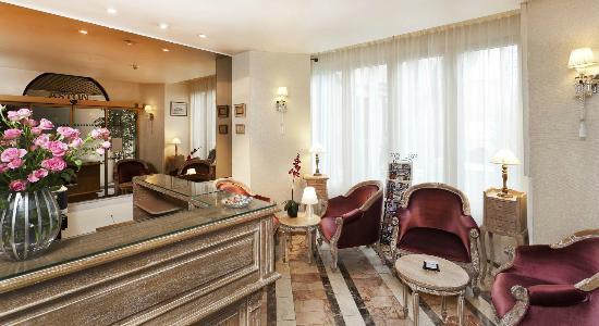 Hotel Aston Paris : Réception