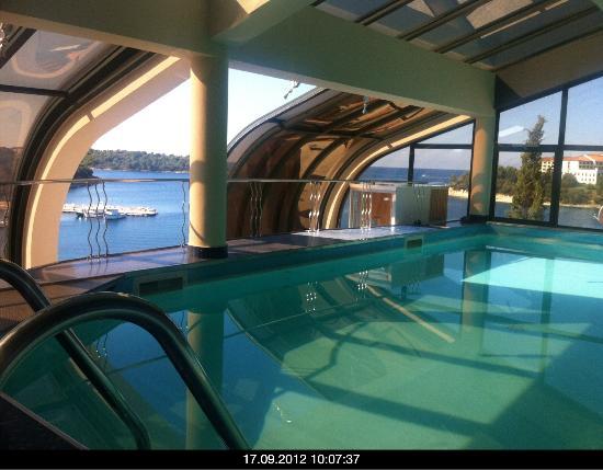 Hotel Valsabbion: Pool im Dachgeschoss