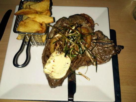 The Crown: T Bone Steak and Homemade Chips