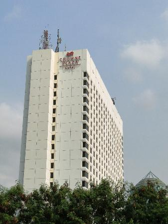 Crowne plaza hotel jakarta booking com