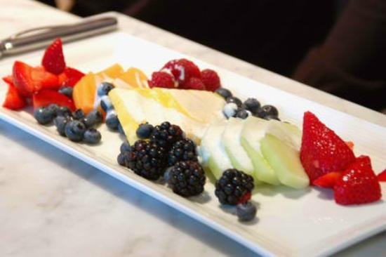 The Petite Retreat: Fresh seasonal fruit during your visit at the spa