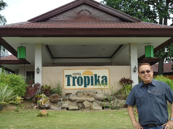 Hotel Tropika Davao: Gersi