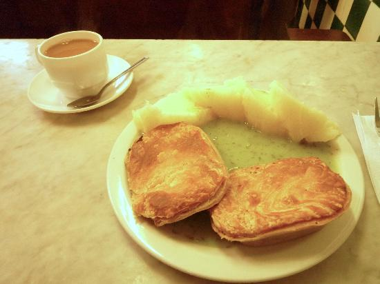 Manze M: Pie and mash and a cuppa