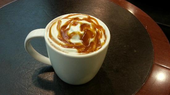Starbucks: Chocolate caliente al caramelo