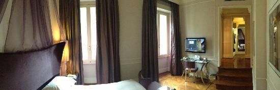 Hotel Brunelleschi: Zimmerpanorama