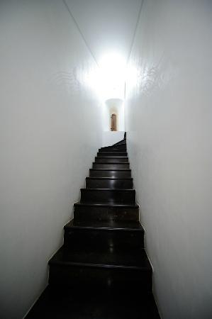 Eremo della Giubiliana: Particolare scalinata suite