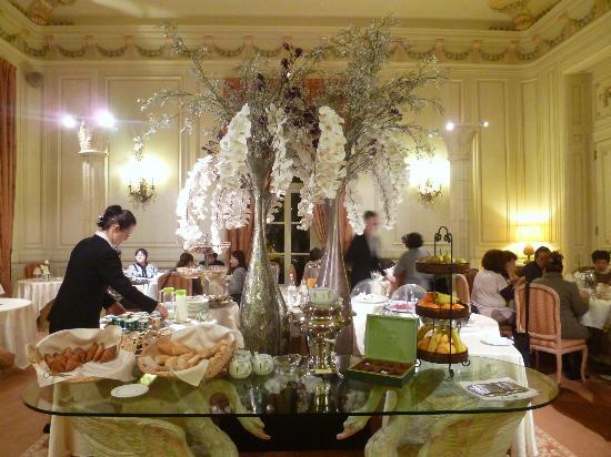 Chateau de Rochecotte: ホテルレストラン(朝食)