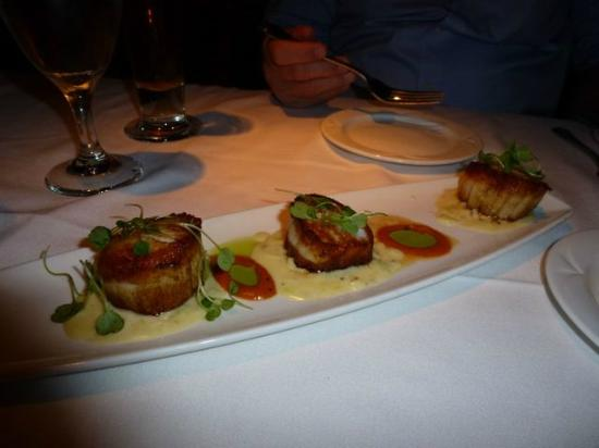 The Chop House - Ann Arbor : Scallop appetizer