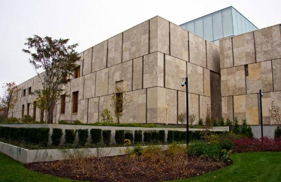 "The Barnes Foundation : The ""new"" Barnes in Philly - not very appealing."