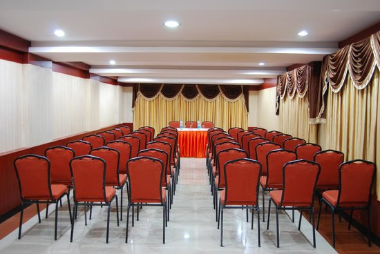 Ponmari Residencyy: Maris Conference Hall