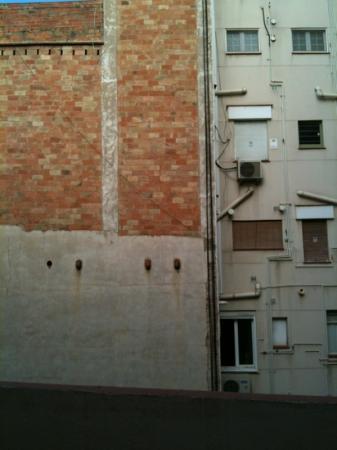 Gran Ducat Hotel: vista su muro