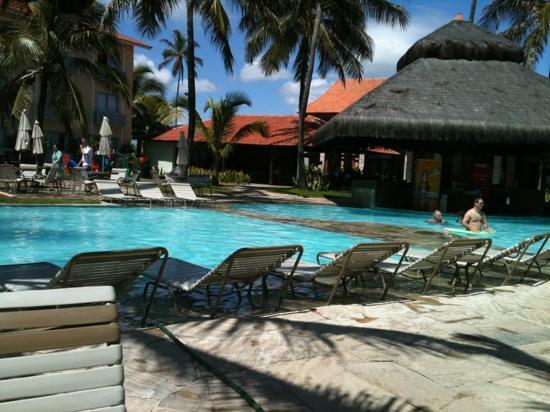 Hotel Solar Porto de Galinhas: Parte da área da piscina........