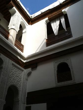 Dar Alhambra: Sitting area