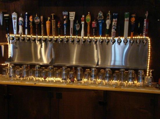 Truant's Taverne : 24 drafts