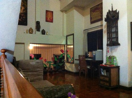 Chiang Mai House for Dreamer: The hall