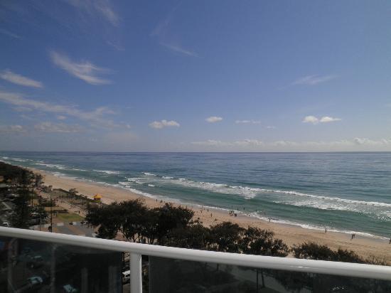 Grosvenor Beachfront Apartments: View from balcony