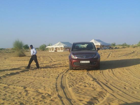 Rajasthan Desert Safari Camp Pvt. Ltd.: offroading at shaam-e-jaisal