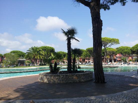 Sheraton Cascais Resort: Vista de la piscina, tiene bar