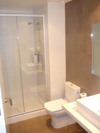 08028 apartments: Baño