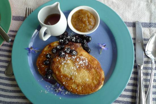The Boatshed: Yummy pancake served during breakfast!