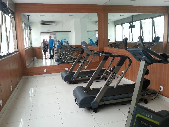 Hotel Atlântico Business Centro: their gym. small but ok. enough just to keep heart pumping