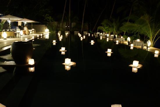 El Nido Resorts Pangulasian Island: Candlelit Thanksgiving dinner