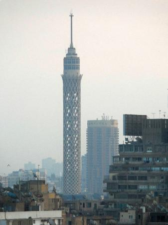 Hilton Cairo Zamalek Residences: View of the Cairo Tower from our balcony