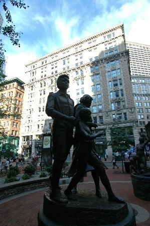 Boston Civil War Walking Tour: The Famine Memorial