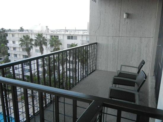 Courtyard Miami Coconut Grove: Nice balconies