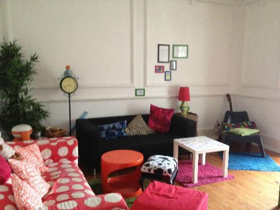 Lisbon Chillout Hostel: Living room