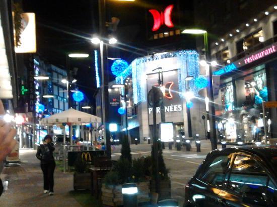 Andorra la Vella, Andorra: O centro comercial