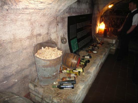 Labirintus : музей вина