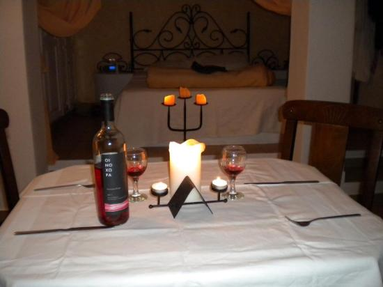 Vallais Villa: A romantic meal in the suite