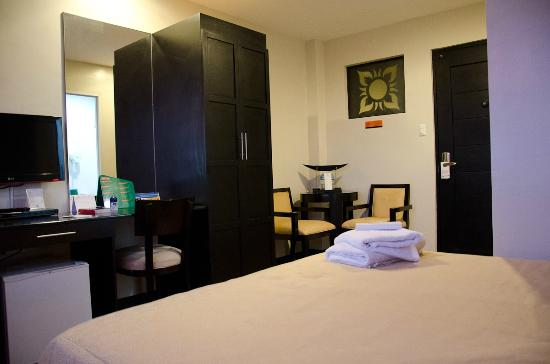 L Square Hotel: Executive Deluxe Room