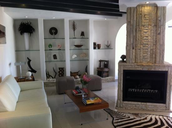 Villa Afrikana Guest Suites: gemütliche Räumlichkeiten